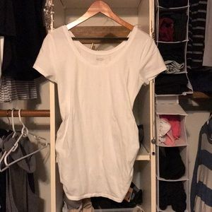Old navy white maternity tee